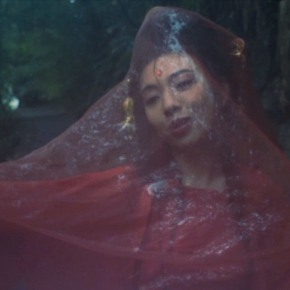 Fifi Rong's new musicvideo